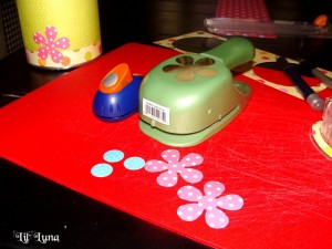 DIY Piggy Bank Tutorial made from an old formula can. { lilluna.com } Cute and easy idea!!