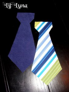 Reversible Baby Boy Ties tutorial. These ties are super easy to make and are so darling! { lilluna.com }