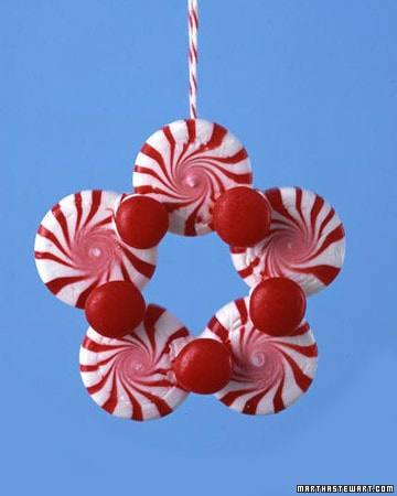 Cute, Fun DIY Christmas Ornaments for Kids { lilluna.com }. Super easy to make!