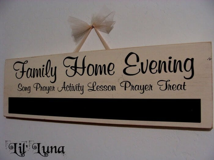 Cute and Easy Family Home Evening Board Tutorial on { lilluna.com }!