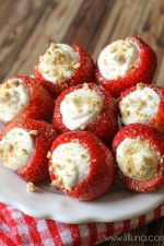 cream-stuffed-strawberries-4