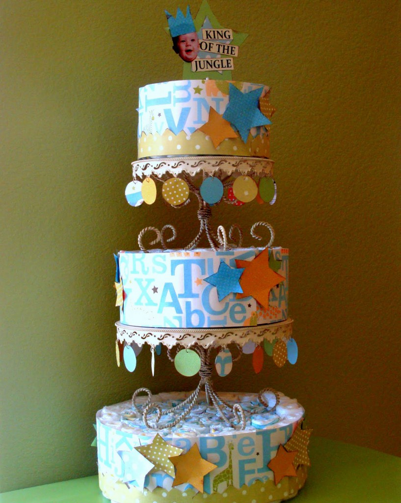 Cute Paper Diaper Cake Tutorial #2 on { lilluna.com } Easy and such a cute centerpiece or gift!!