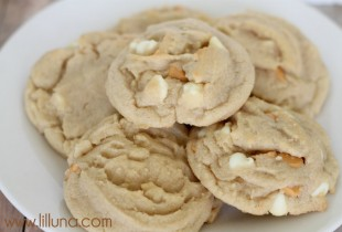 White Chocolate and Butterscotch Chip Cookies - so yummy!!