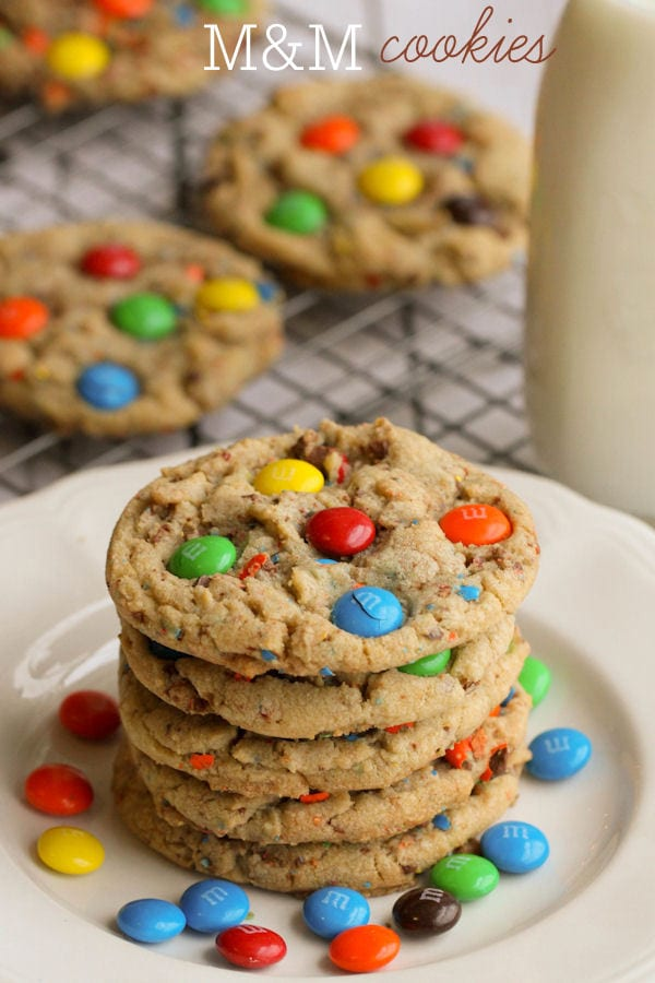 Soft and Chewy M&M Cookies - always a hit and easy to make! { lilluna.com }