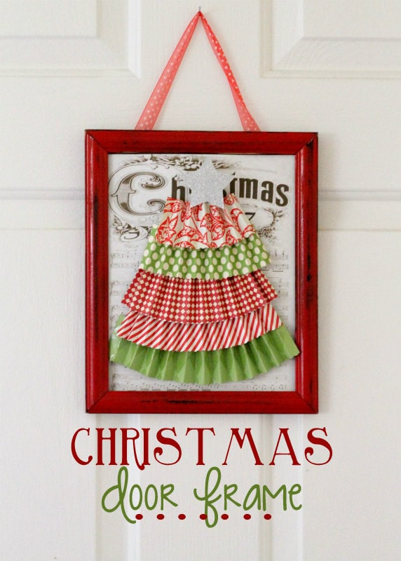 How to make this cute Christmas Door Frame. So easy! { lilluna.com }