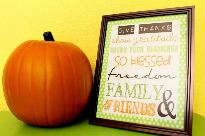 Thanksgiving Subway Art from { lilluna.com } Just add a frame and you have a cute decor item!!