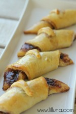 Cream Cheese and Cinnamon Crescent Rolls - YUM!