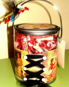 Scrapbook Pail Gift!! Easy, just add scrapbook paper, some tool, and a yummy treat!!