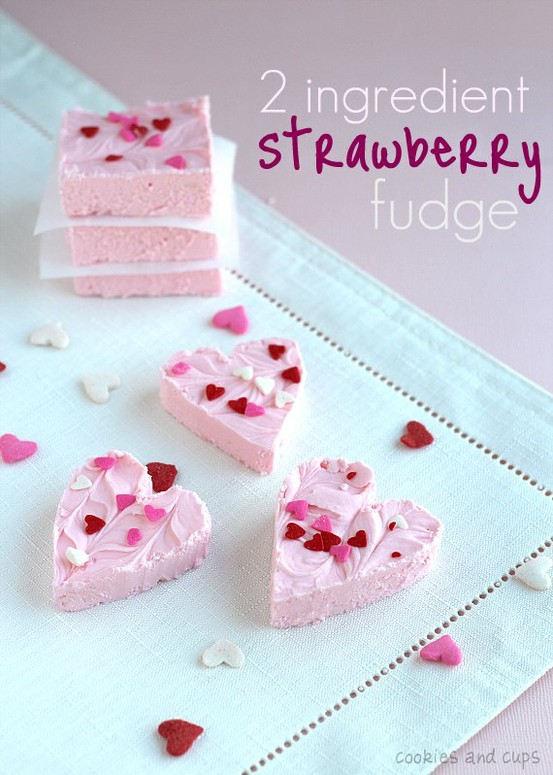 A collection of 20+ Valentine's Treats that are perfect to make for your loved ones. Great roundup on { lilluna.com }