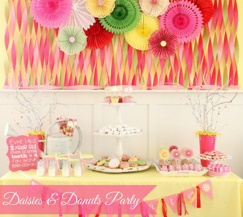 Super Cute Daisies and Donuts Birthday Party! { lilluna.com }