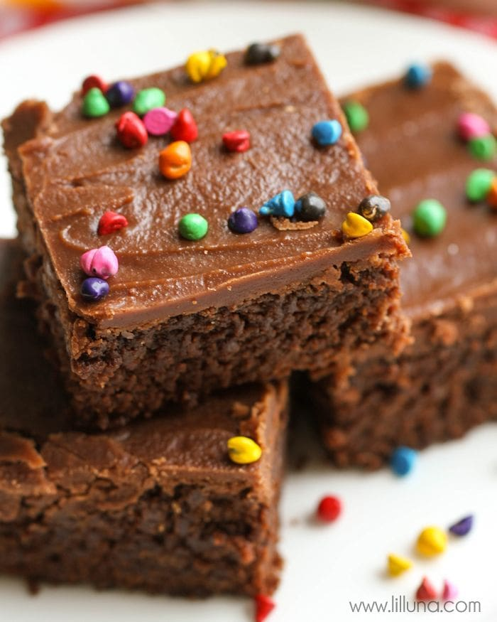 Our favorite brownie recipe - so soft and delicious and always a hit at every function! { lilluna.com }