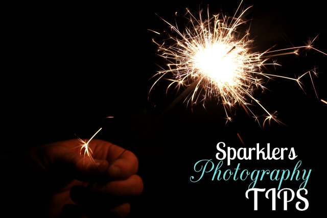 Fireworks and Sparklers Photography Tips on { lilluna.com } Great ideas to capture that perfect moment.