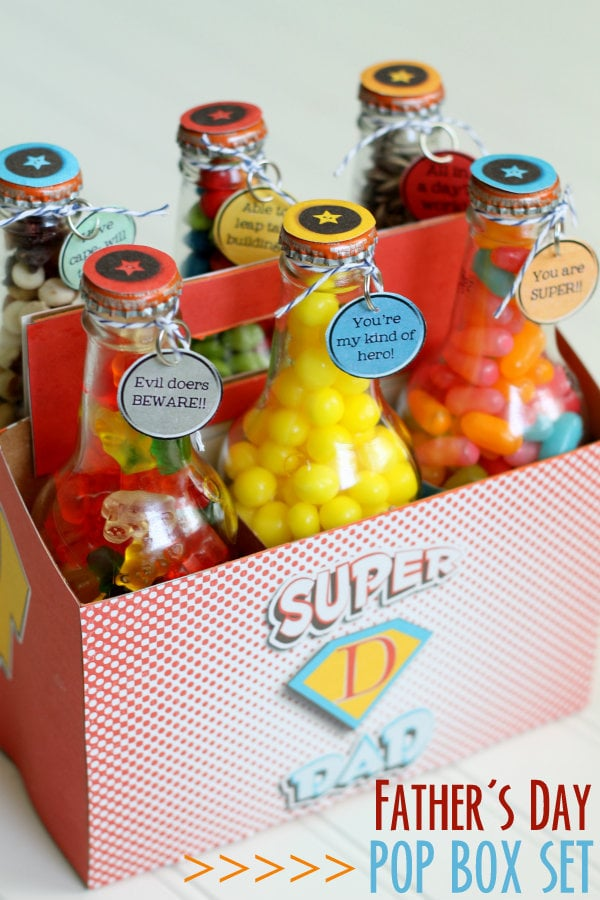 Super Dad Pop Bottle Set - free prints on { lilluna.com } Perfect for Father's Day! Treats any dad would love!