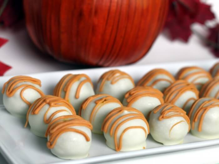 50+ Pumpkin Recipes - A must keep list for that time of year..! { lilluna.com } Donuts, cupcakes, trifles, and so much more!