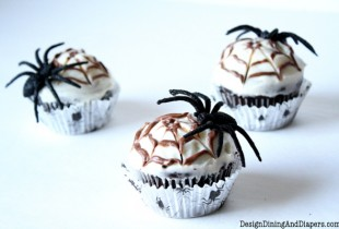 Chocolate Spiderweb Cupakes
