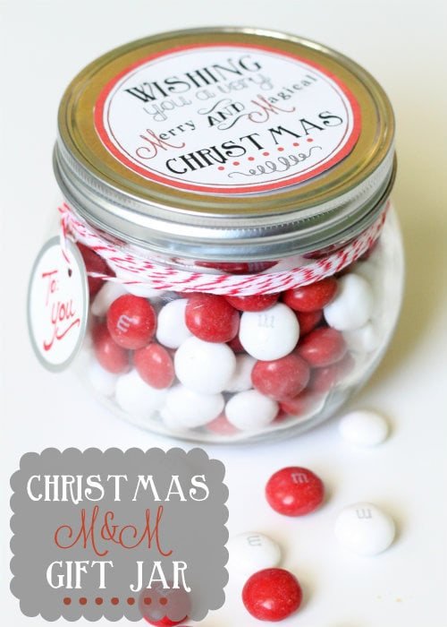 Christmas M&M Gift Jar! FREE Print and such a cute gift idea!
