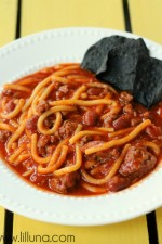 Spaghetti Chili. A new favorite soup! {lilluna.com} #chili