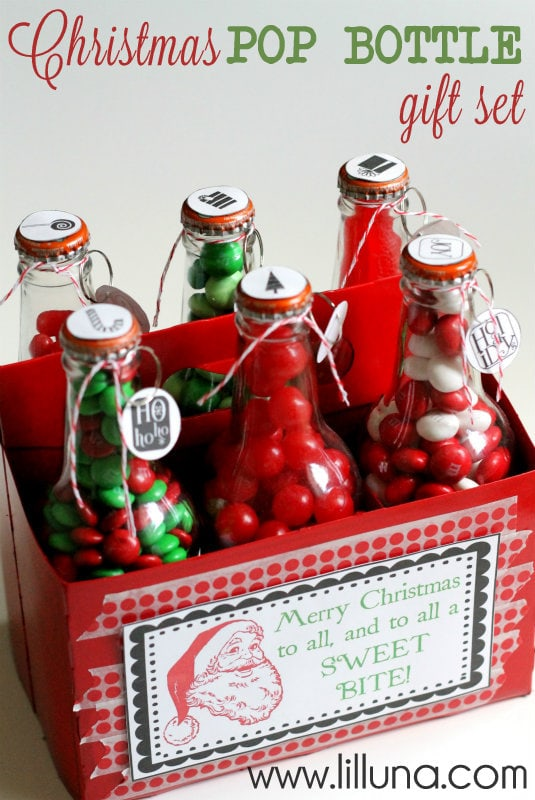 Christmas Pop Bottle Gift Set!! Such a fun way to give a variety of treats!! FREE prints on { lilluna.com }