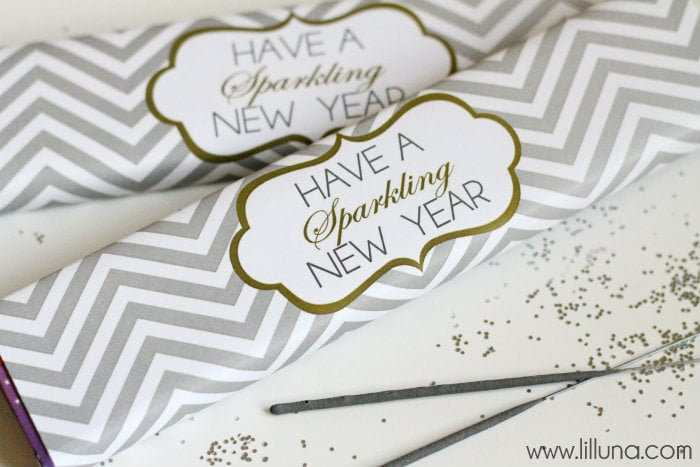 A collection of 20+New Year's Party Ideas!! Fun ideas to make sure your party is a hit!