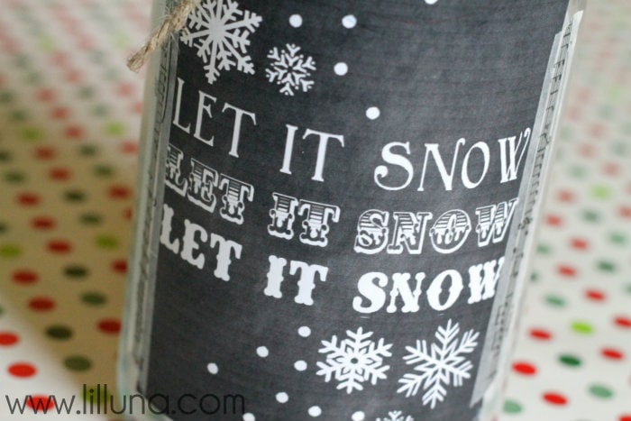 Let it Snow Jar & Print on { lilluna.com } This is such a cute gift, filled with cotton candy!