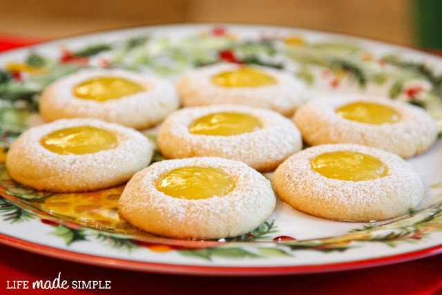 Delicious Lemon Curd Thumbprints!! Soft cookies, dusted with powdered sugar and a lemony middle!