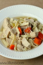 Chicken Noodle Soup Recipe. Easy and yumm! Recipe on { lilluna.com }