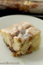 Cinnamon Roll Cake Recipe on { lilluna.com }