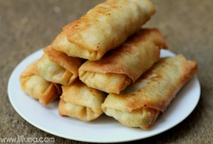 Fried Eggroll Recipe on { lilluna.com }
