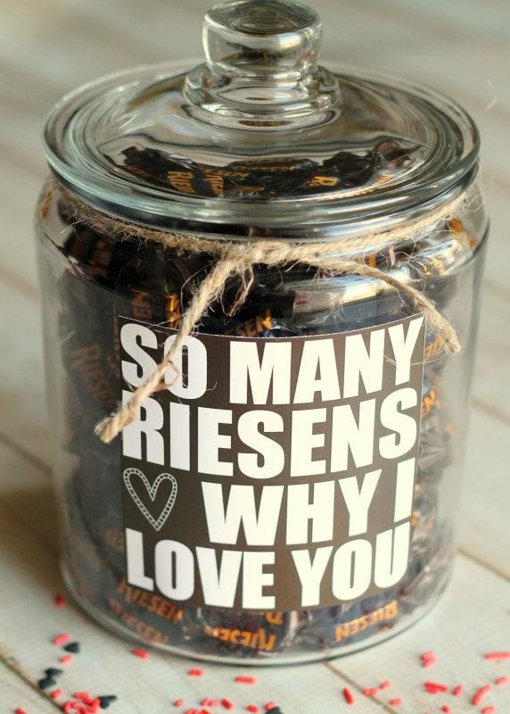 Valentine's Gift idea - so many RIESENS why I love you! Free print on { lilluna.com }