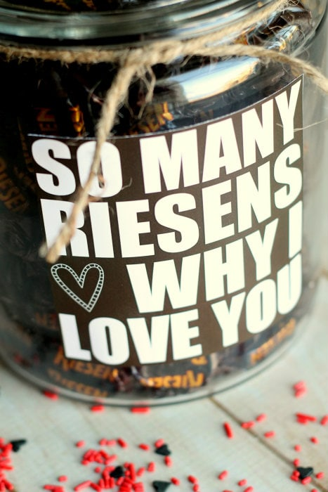 Valentine's Gift idea - so many RIESENS why I love you! Free print on { lilluna.com }