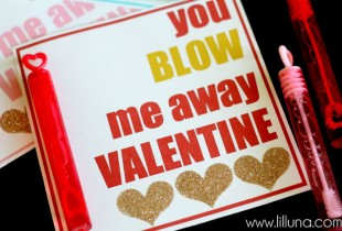 BUBBLE Valentines. Cute idea and free prints on { lilluna.com } #valentines
