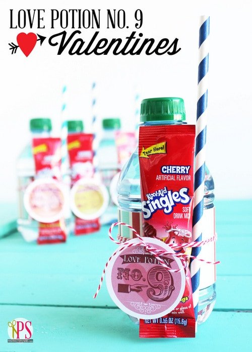 25+ Candy Valentine's Ideas on { lilluna.com } The perfect treat for your sweet tooth!