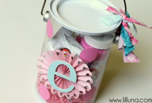 Polka Dot Easter Pail on { lilluna.com }