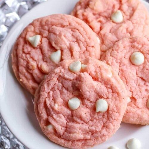 Strawberries & Cream Pudding Cookies   Lil\' Luna