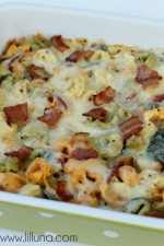 Cheesy Tortellini Spinach Bake - this is a great and easy side dish! { lilluna.com }