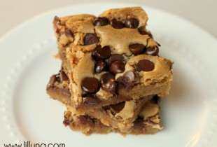 Cookie Bars on { lilluna.com }