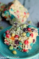 Rice Krispies & Trix Treats - the kids' new favorite quick-treat! { lilluna.com }