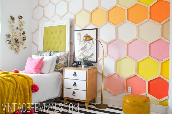 20 MUST-SEE Wall Treatments. Great round up on { lilluna.com } Awesome ideas for those blank walls in your home!