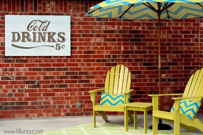 Backyard Cold Drinks Sign