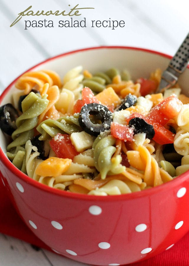 Easy and delicious Pasta Salad recipe on { lilluna.com } Just a few ingredients, including pasta, cheese, & olives mixed with Italian Dressing!!