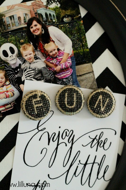 Fabric Covered Magnet Frame Burlap Magnets