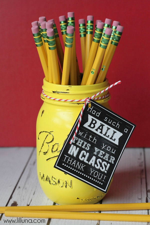 Had a BALL this year Teacher Gift - { lilluna.com } #teachergift