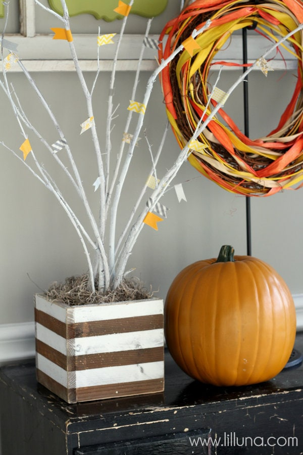 Fall Tree Box Tutorial on { lilluna.com }