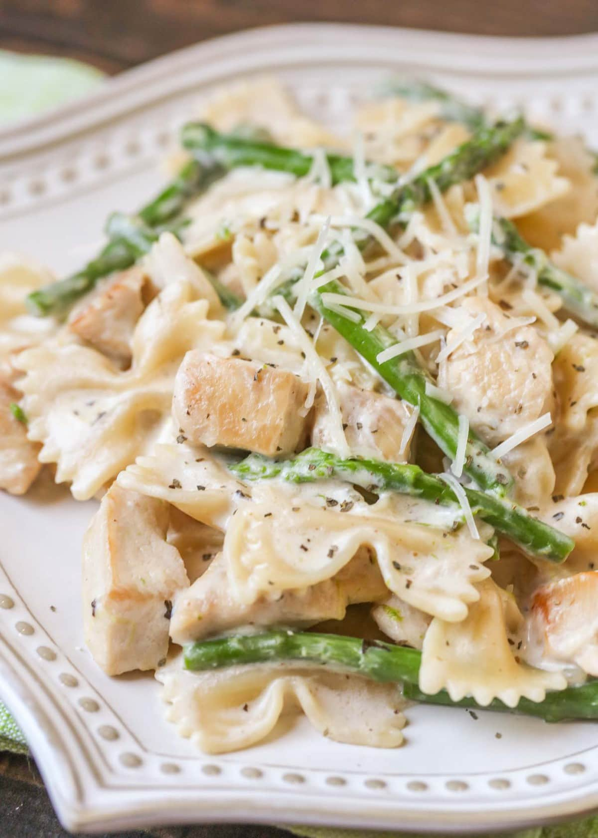 Cheesy Chicken and Asparagus Pasta