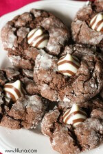 Gooey Chocolate Hug Cookies