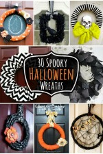 30 Spooky Halloween Wreaths - Lots of inspiration for your perfect Halloween Wreath!! { lilluna.com }