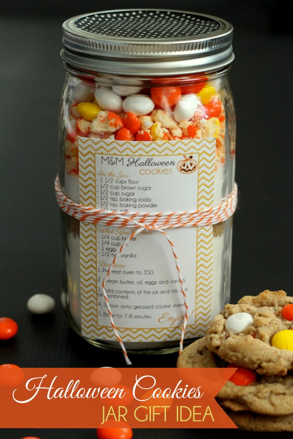 CUTE Halloween Cookies Jar Gift Idea. Cookie ingredients including white chocolate m&m's & recipe-so simple & easy!