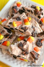 Halloween bark that is made in 5 minutes! YUM!