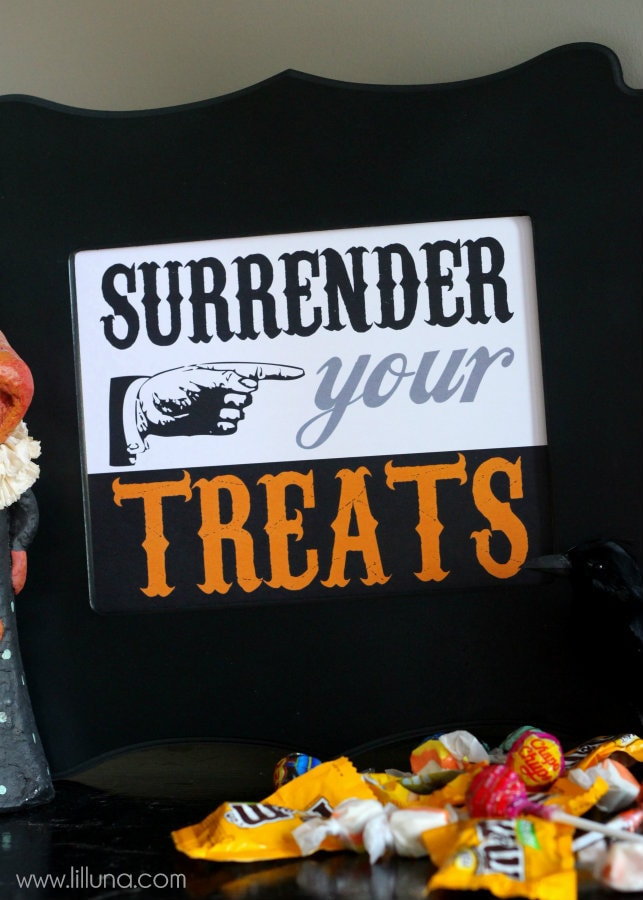 Surrender Your Treats Printable - Free download on { lilluna.com }