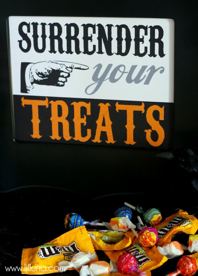 Surrender Your Treats Printable #halloween